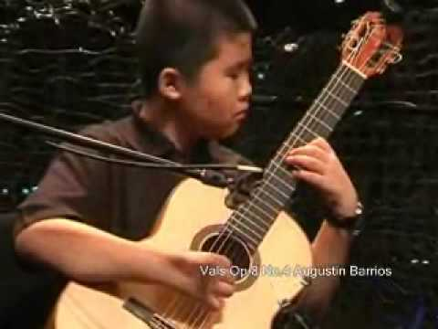 Kevin Loh(10) plays Barrios, Bach, York and many more