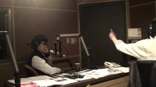 Jockey Joe interviews Khalil Fong 方大同 (12/28/12) Part 1