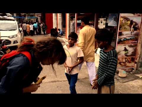 Свободные путешествия: нападение обезьян в Индии )))