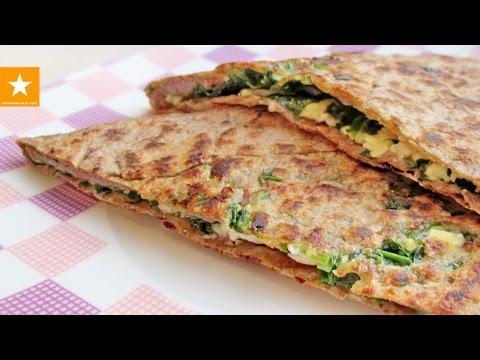 Лепёшка со шпинатом и сыром - как вкусно приготовить полезную зелень