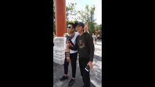 Hoài Linh, Dương Triệu Vũ cùng gia đình đi chơi Disney World