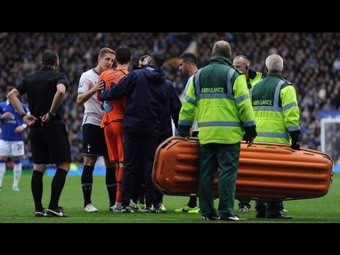 Dangers Of Sports Head Injuries / Hugo Lloris Concussion Spurs Criticised