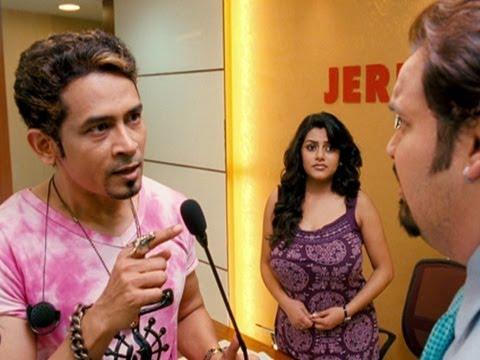 Atul Kulkarni Embarrasses A Company Owner - Chaalis Chauraasi