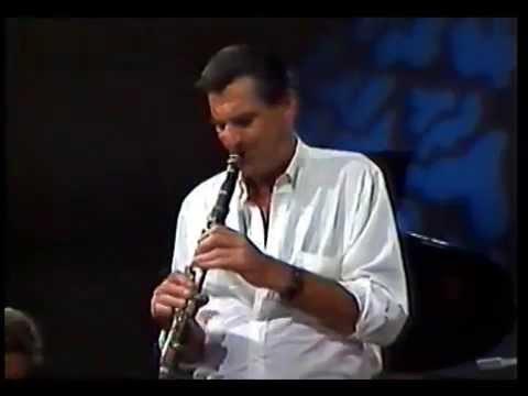 Jazz-  Alberto Alonso clarinete-, Julio Frade, Miguel Matos, Gastón Buenseñor.