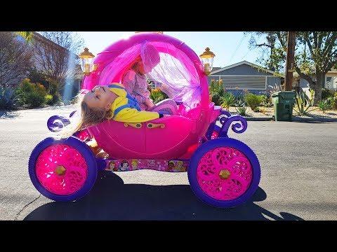 ПАПА Остался Один с Детьми / Катаемся на Карете Принцесс / Распаковка игрушек с сюрпризами Николь