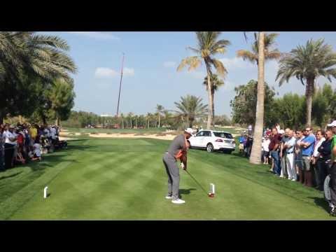 Tiger Woods vs Ilonen hole 18 Dubai Desert Classic 2014