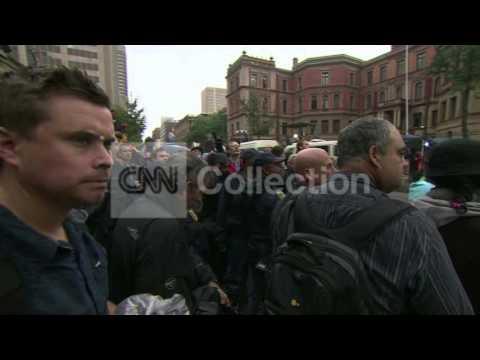 SOUTH AFRICA: PISTORIUS MEDIA CRUSH OUTSIDE COURT