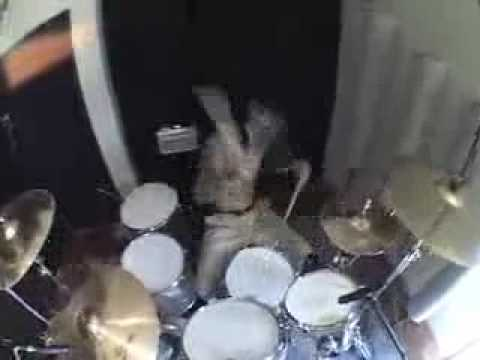 Travis Barker Drum Solo Remix Soulja Boy (crank That) video