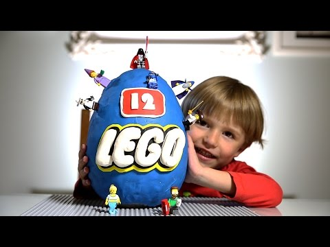 Giant Lego Surprise Egg made of Play-Doh: series 12