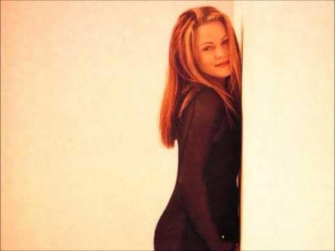 Belinda Carlisle - Here Comes my Baby