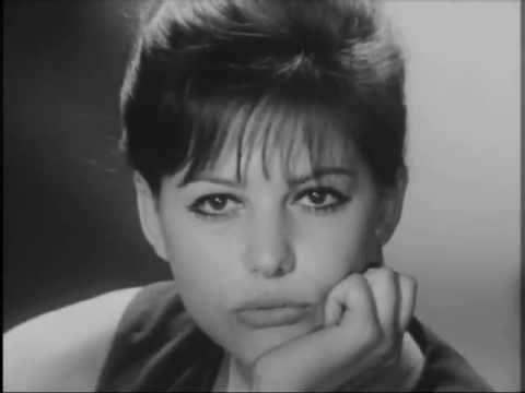 Claudia Cardinale - Interview (1962)