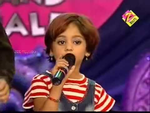 Yasaswy,sahiti,shanmukha Priya In Zee Telugu Little Champs 2008 video