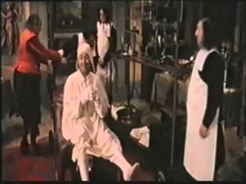 Film Il malato immaginario - Alberto Sordi Laura Antonelli . 1979