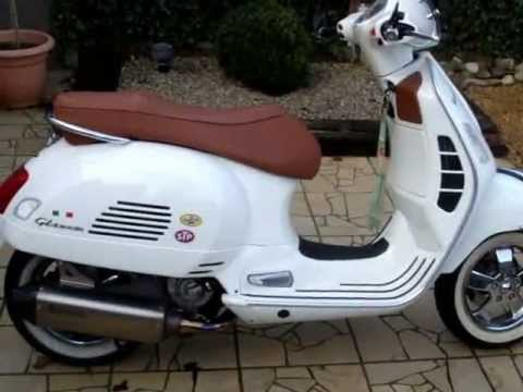 vespa 300 gts akrapovic youtube. Black Bedroom Furniture Sets. Home Design Ideas