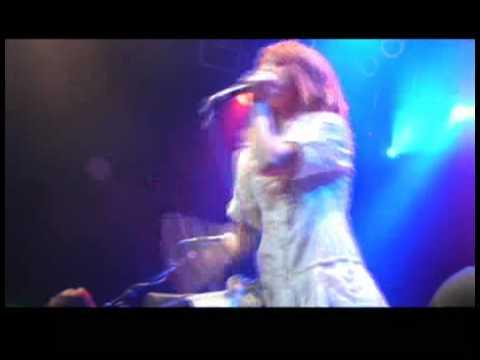 Download Lagu Paramore - Here We Go Again Live (Anaheim) MP3 Free