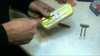 Tene kutu dan yapılma, mumla çalışan bir mini bot yapımı