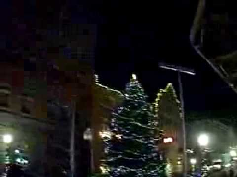 cumberland mall christmas tree and lights 12-04-13