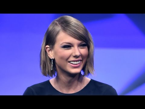 Taylor Swift Being Honored With The First-Ever Taylor Swift Award