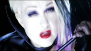 Watch Cyndi Lauper Set Your Heart video