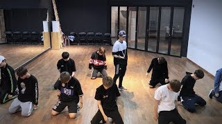 Download Song Wanna One (워너원) - 활활 (Burn It Up) Dance Practice (Mirrored) Free StafaMp3