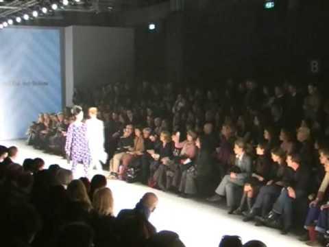 Milan Fashion Week Woman: Mila Schon F/W 2009/2010