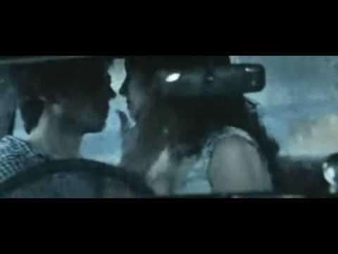 Shahid Kapoor Kissing Anushka Sharma. video