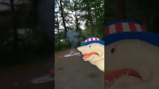 SHARK PUPPET 4TH OF JULY