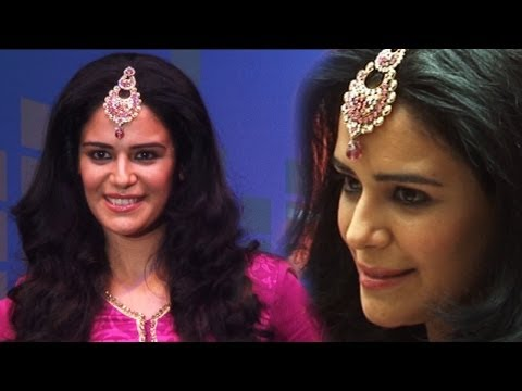 MONA SINGH AT FEMINA FESTIVE SHOWCASE 2013