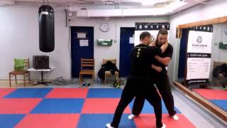 Wing Chun - How To Counter An Elbow Strike