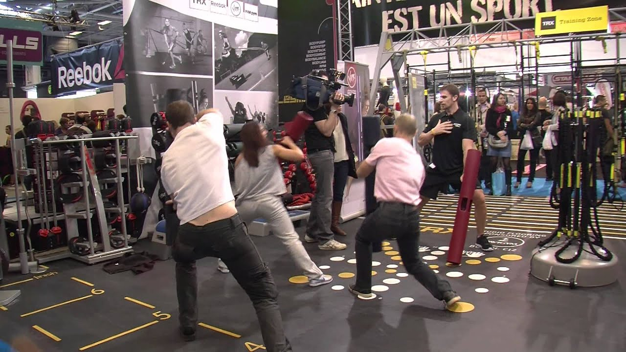 25 me salon mondial body fitness 2012 youtube for Salon body fitness