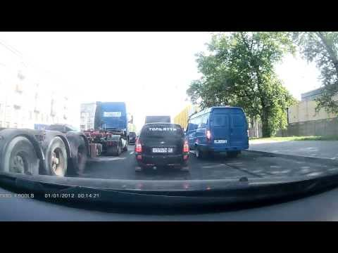 «Тольятти» и газель (ДТП) 20.08.13 СПб