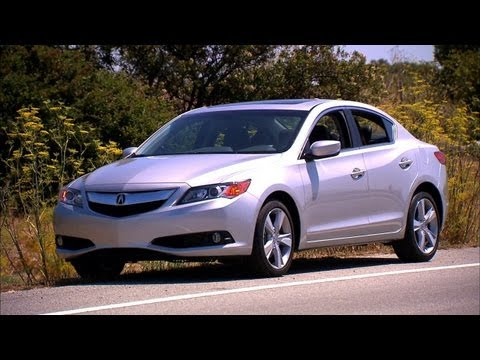 2013 Acura ILX Premium - Car Tech
