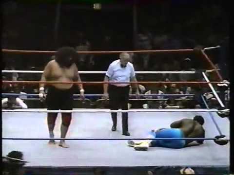 Sika vs. Koko B. Ware thumbnail