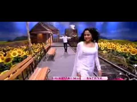 Tamil Movie Online Nenjukkul Peidhidum Varanam Ayiram Video Song 123indianonline video