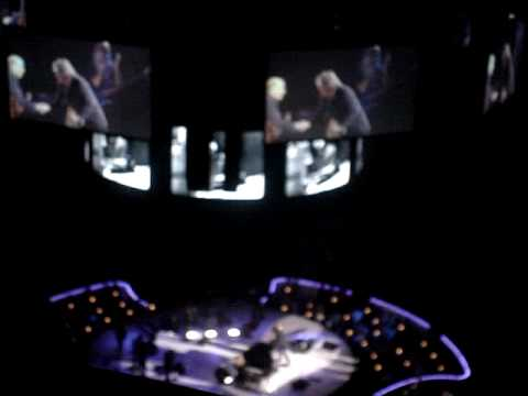 James Taylor & Carole King - Machine Gun Kelly Toronto 05/28/2010 Air Canada Centre Video