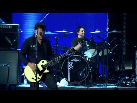 Manic Street Preachers - 17 - Motown Junk (Roundhouse, 03.07.11)