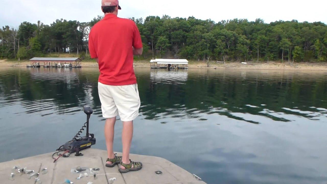 Beaver lake strper fishing with e amp c striper guide for Beaver lake fishing guides