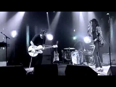 Dead Weather - Child Of A Few Hours