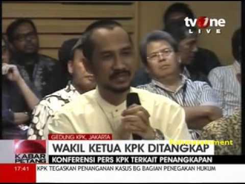 Ketua KPK Abraham Samad Sempat Menangis Sewaktu Konferensi Pers Mengenai Bambang Widjojanto