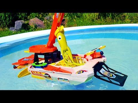 БОЛЬШОЙ КОРАБЛЬ БАТИСКАФ Машинка Кальмар РАСПАКОВКА matchbox Play set unboxing toys Игры у бассейна