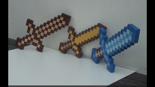 Beautiful Minecraft Swords: Wood, Gold and Diamond