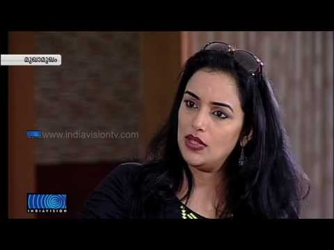 Actress Swetha Menon in Mukhamukham_Full Episode (17-08-2013)
