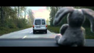 VW Golf commercial - keep your distance