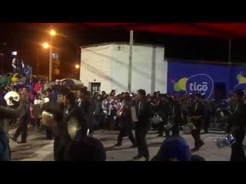 BANDA DECADENTES CON CAPORALES SAN SIMON!!! CARNAVAL DE ORURO 2015!!!!