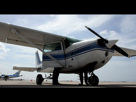 Cessna C172 Start up, Taxi & Climb out of curacao & Amazing  must see views!!
