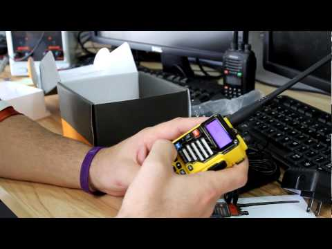 Unboxing BaoFeng UV-5R Plus Qualette Yellow Review