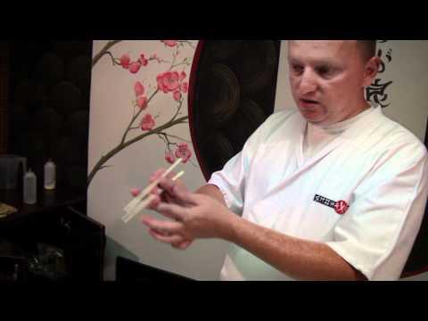 Как пользоваться палочками для суши HD