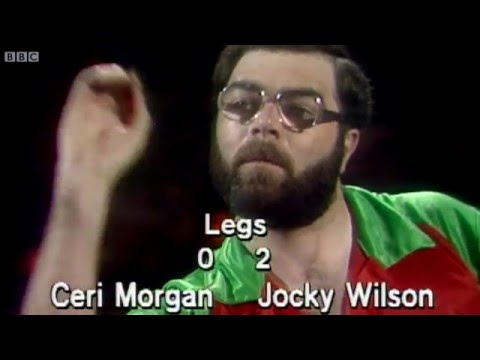 Ceri Morgan: Dart Player with a Strange Throw