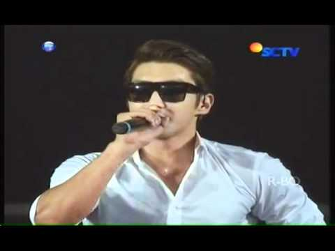 Super Junior - Introduce Super Show 4 Live In Jakarta 2012 video