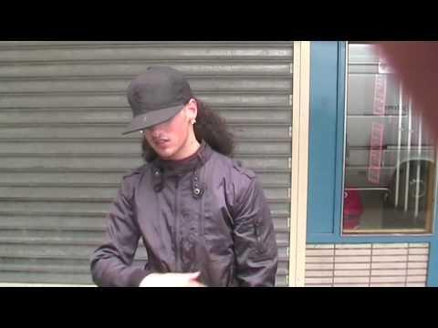 Downloadlink: http://www.zwarejongenz.nl/pokoes/zwarejongenz-matarr-perry-bollebof-aiky-luister-naar-me-w-e-d-prod-by-perry-cray-z http://crayzz.hyves.nl htt...